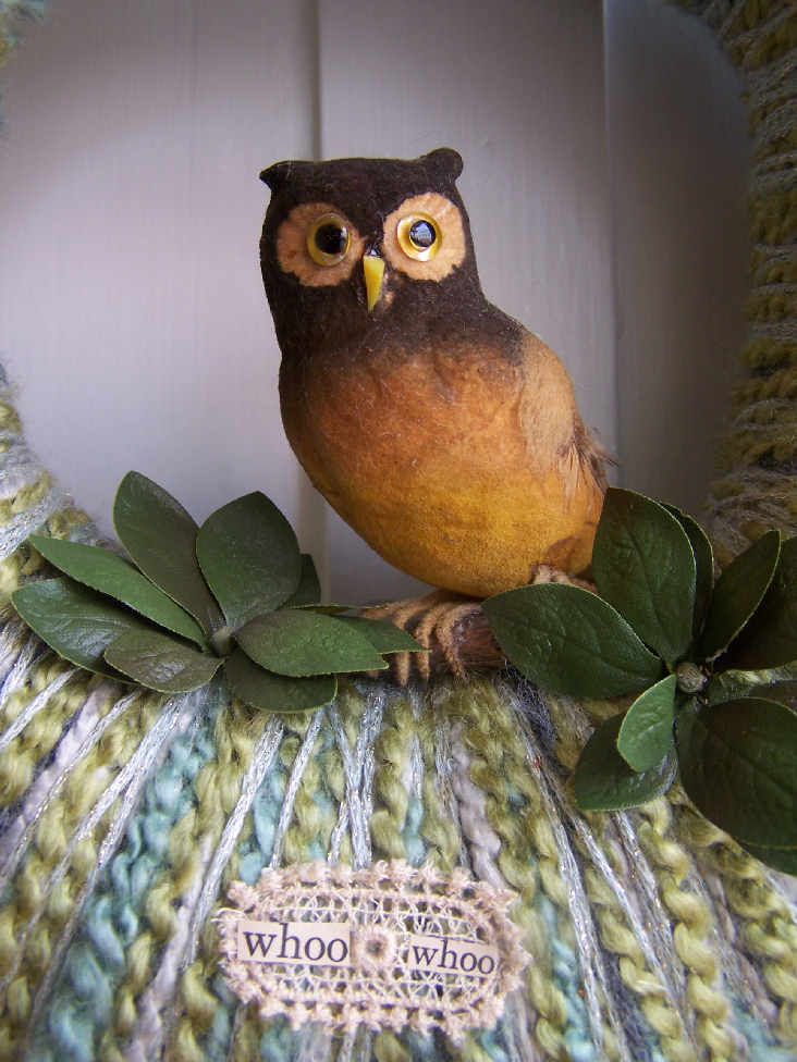 Brown Owl & Yarn Wreath, detail