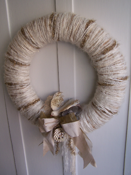 White & Gold Bird Yarn Wreath
