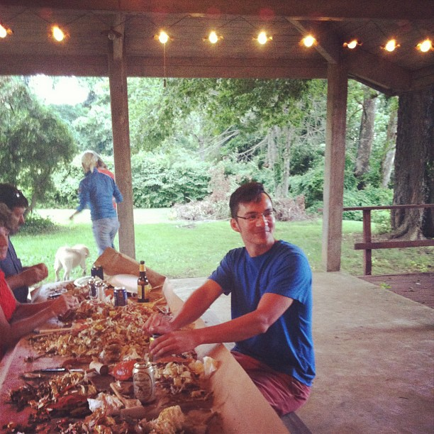 @sadbumblebee Daniel happily eating/drinking away! #crabs #thisissummer