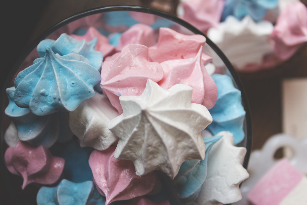 Colourful marshmallow deserts.