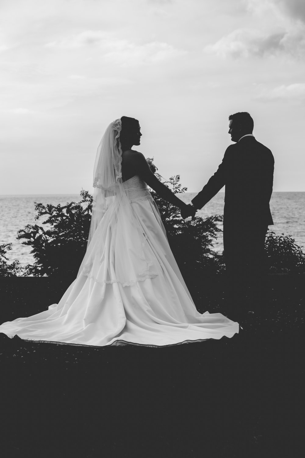 Black and white wedding silhouette photo.