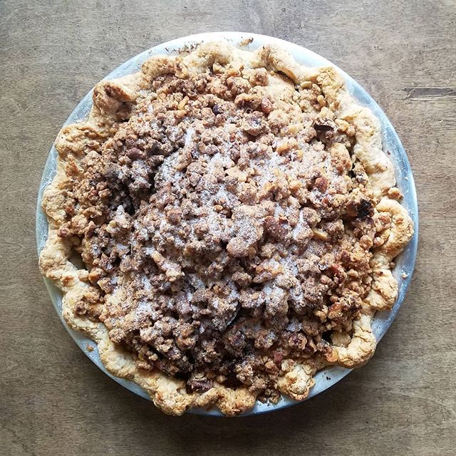 Thanksgiving isn't Thanksgiving without pie! Whether you want to order from BATCH (link to pre-orders in profile to order now) or learn to make your best pie crust yet at our hands-on pie crust class (there's just a few spots left in Wednesday's class!), make this your most delicous holiday yet!