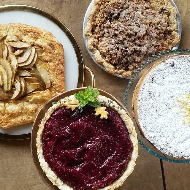 Almost totally sold out for pre-order Thanksgiving pies! If you want to order-- get to the website right meow! (Link in profile.) Can't hardly wait to make you all some delicious desserts next week! 💛🥧💛🥧💛