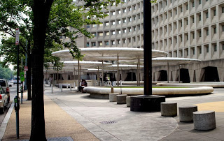 HUD Plaza in DC:  Proximity to transit does not equal great placemaking