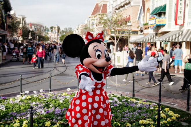 Considering the outbreak, that was an unfortunate choice of dress, Minnie.