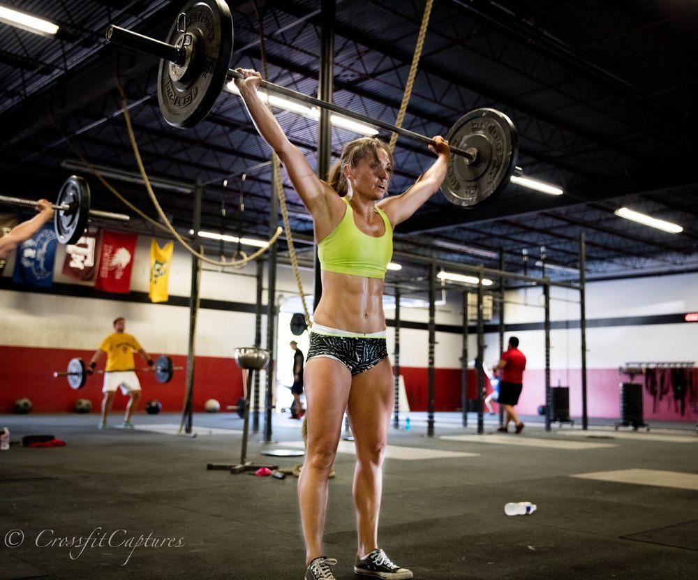 Here we see Eado Elite athlete Leah Massner crushing Wednesdays chipper!