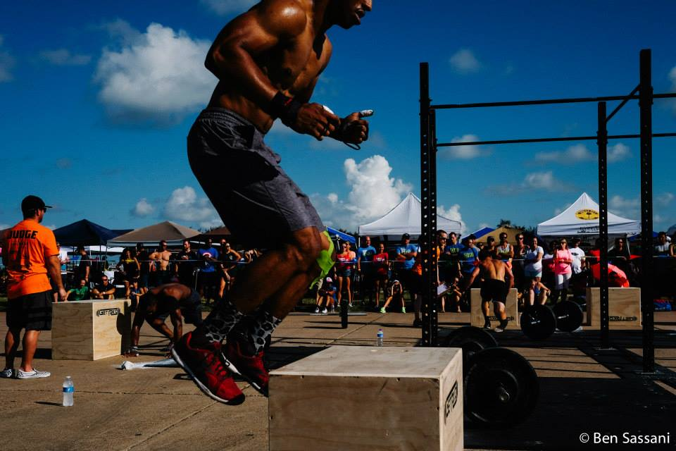In the photo we see Eado Elite athlete Steven Aping mid box jump in a recent competition.