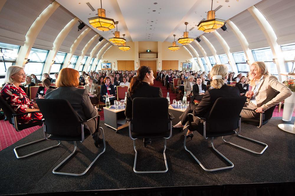 WOMENOMICS, Veranstaltung für Frauen mit Führungserfahrung, Julia Jäkel Vorstand bei Gruner & Jahr, Hotel Hafen Hamburg