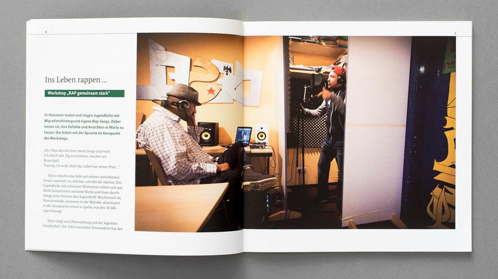"""Broschüre für das Bundesministerium für Bildung und Forschung, """"Kultur macht STARK"""""""