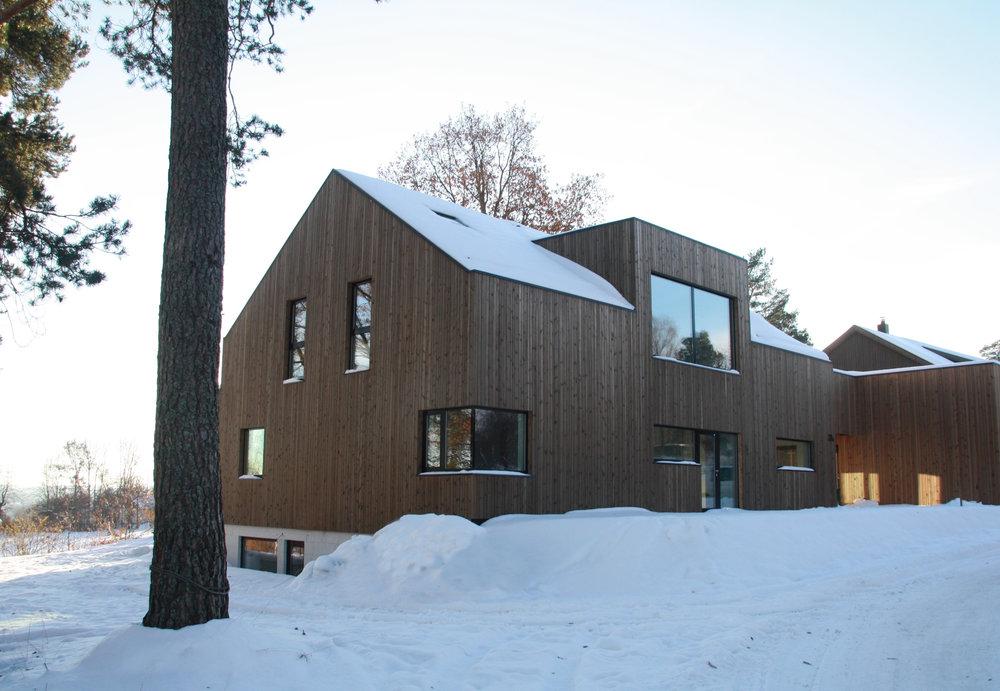 Haugboveien 28.Les mer om prosjektet her:http://www.fjordarkitekter.no/prosjekter/#/haugboveien-28/