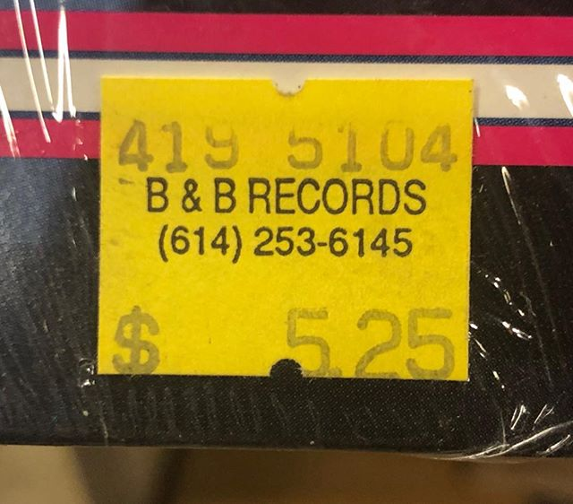 throwback Thursday/shout out: B&B Records~ Nuff Respect to Lamont & Pops/Moms & the awesome shop they ran on E. Livingston for years🎵🎧🎤