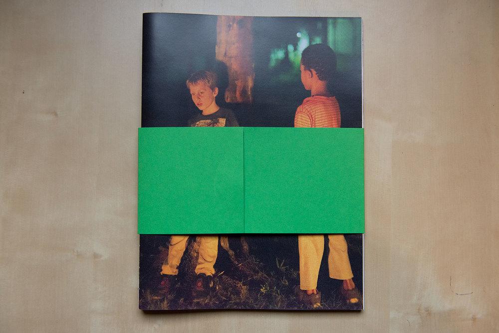 Bookpreview01-©-TomasBachot.jpg