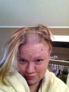 Mommy shaves the remaining hair on her head