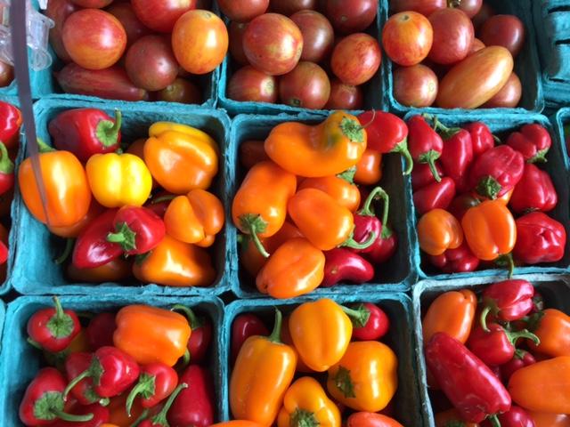 FarmersMarket04.jpg
