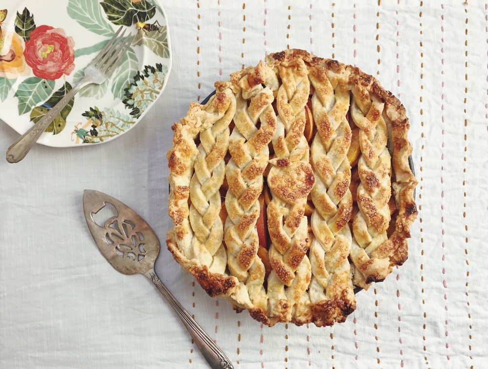 Cinnamon Peach Pie 2