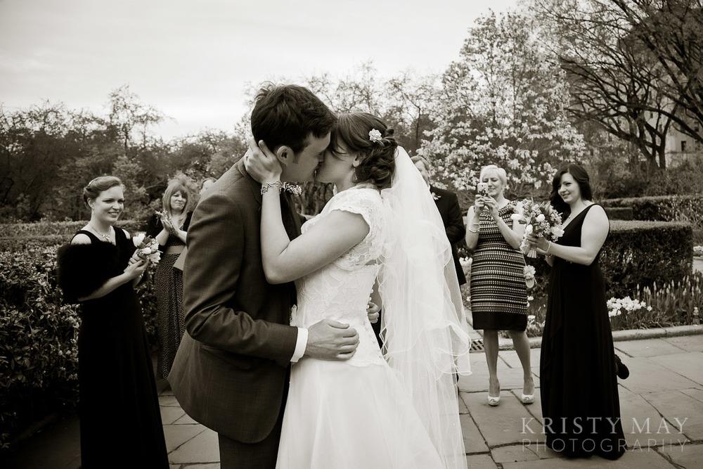 central_park_convervancy_garden_wedding_0015.jpg