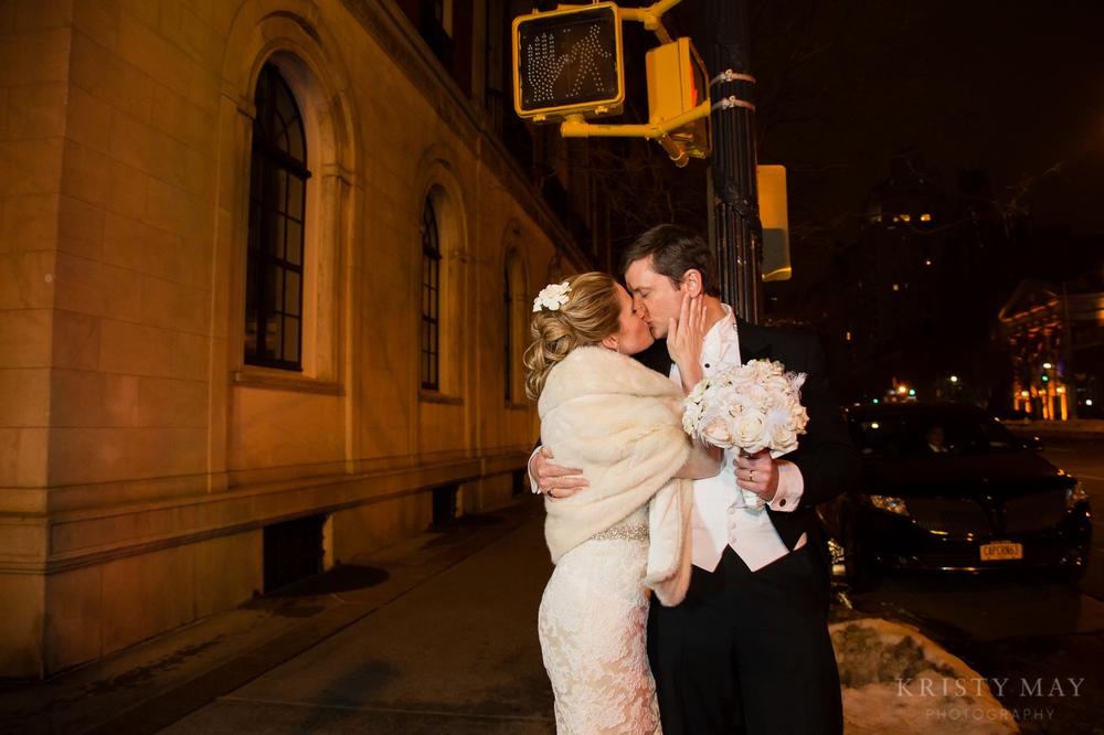 PRIVATE_CLUB_NYC_WINTER_WEDDING0024.jpg