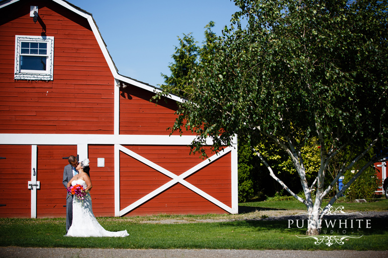 The_London_Heritage_Farm_Wedding_Ceremony006