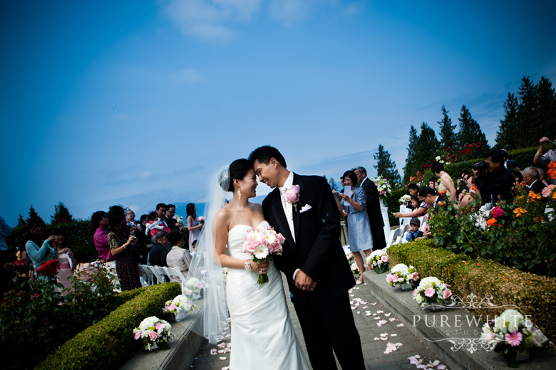 Vancouver Ubc Rose Garden Wedding Pure White Studio