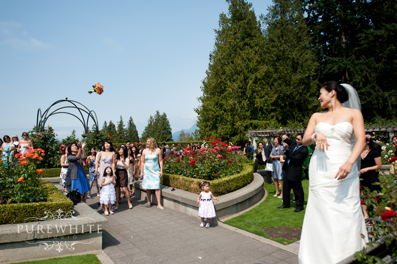 ubc_botanical_rose_garden_wedding_ceremony006.jpg