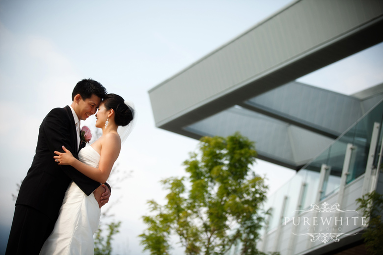 vancouver_false_creek_olympic_village_wedding005.jpg