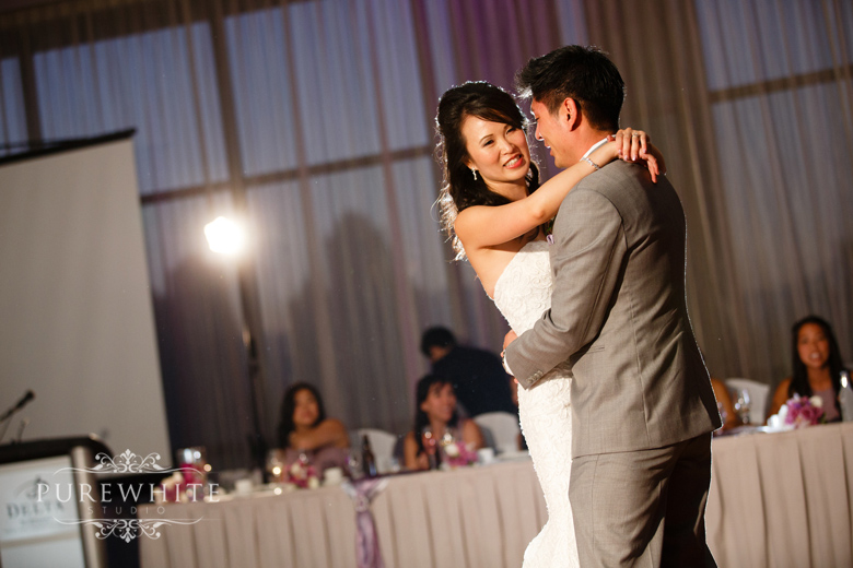 burnaby_grand_villa_delta_hotel_casino_wedding020.jpg