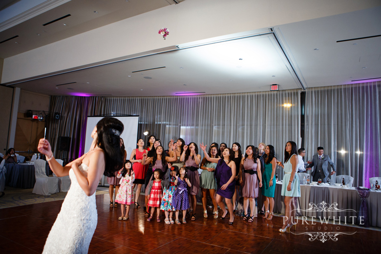 burnaby_grand_villa_delta_hotel_casino_wedding025.jpg