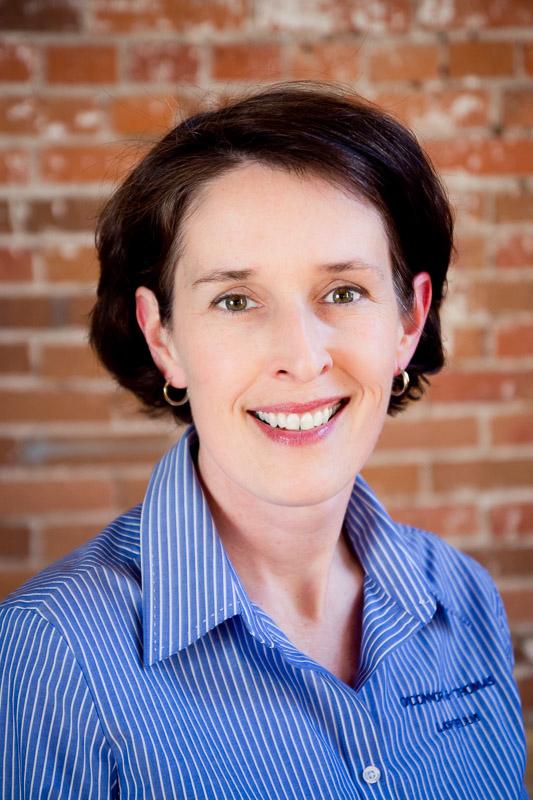 Ann Curran headshot.jpg
