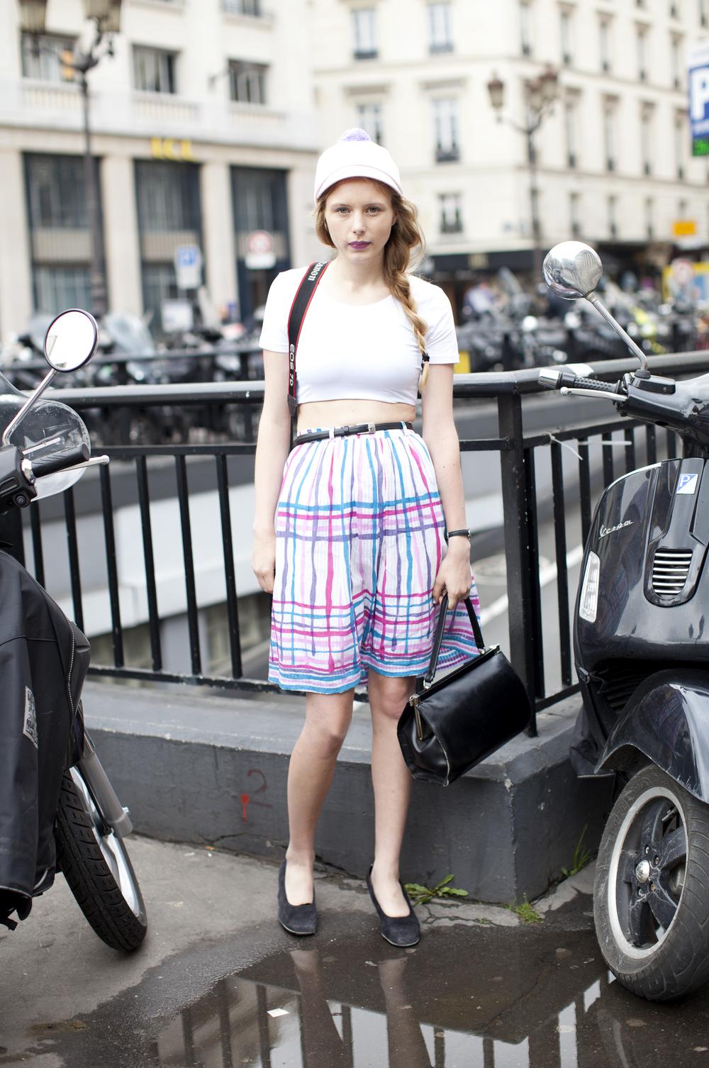 kathryn-wirsing-couture-week-streetstyle-21.jpg