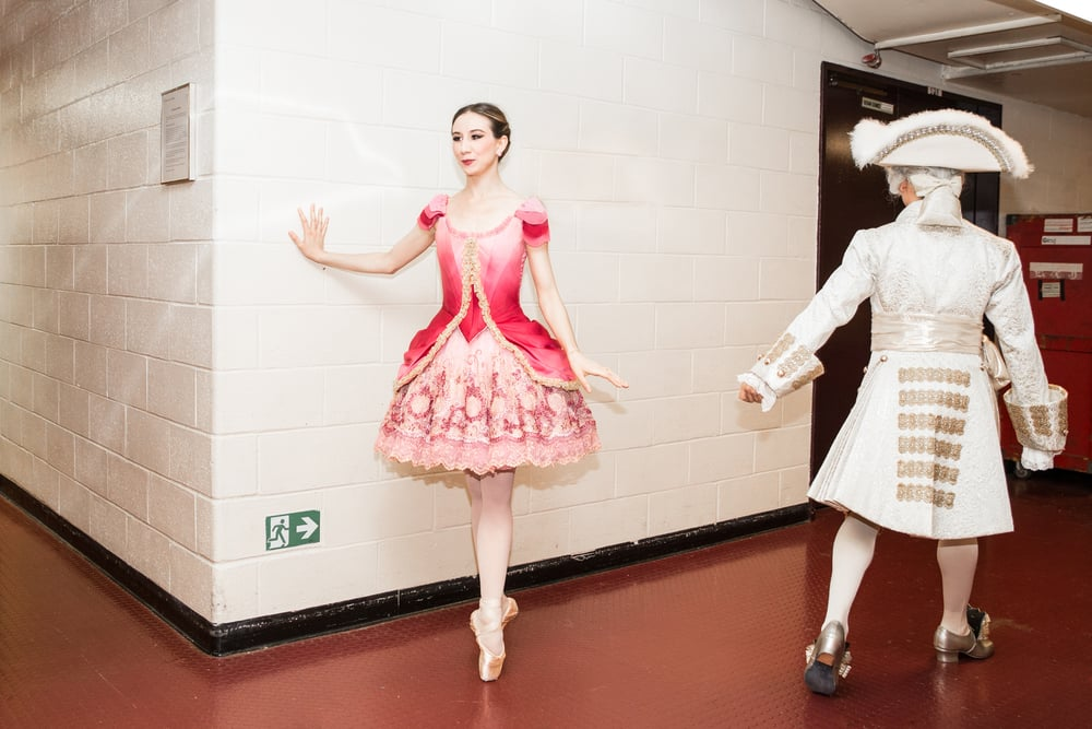 wirsing-abt-bella-backstage-passing.jpg