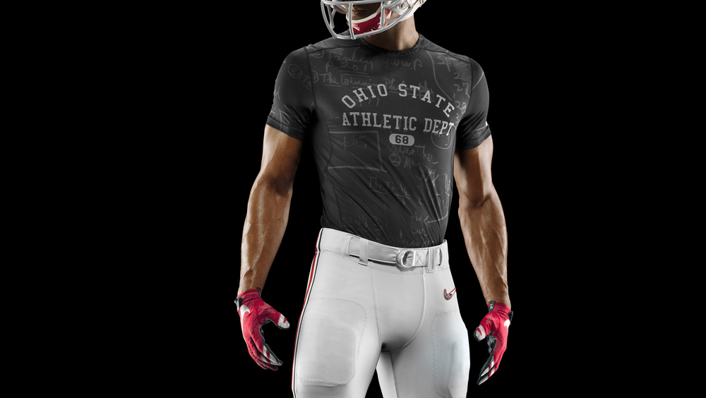 HO14_NFB_NCAA_Ohio_Baselayer_1034_PR.jpeg_36399.jpg