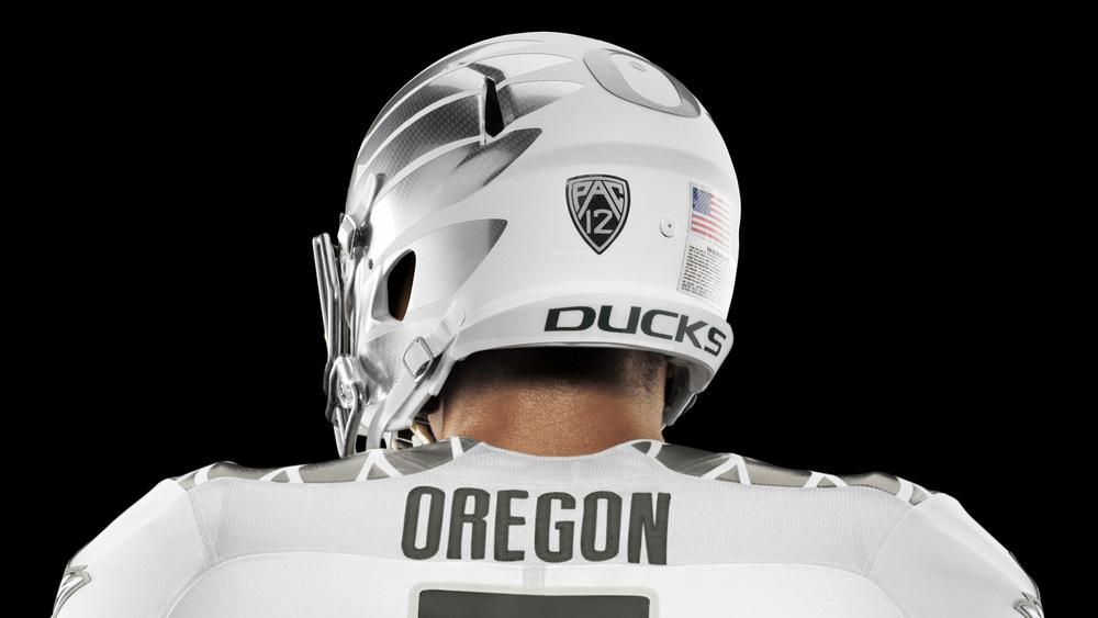 HO14_NFB_NCAA_Oregon_Uniform_439_V2_crop_2_HR_36389.jpeg