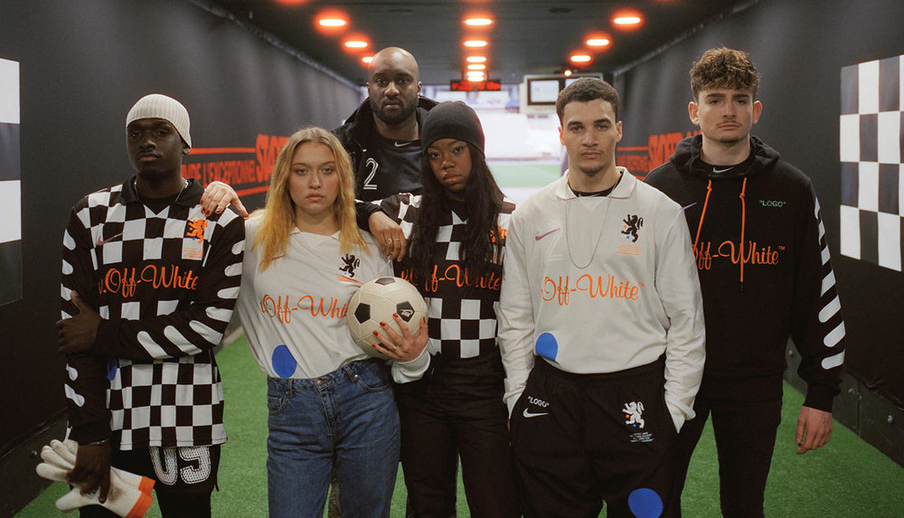 virgil-abloh-off-white-nike-soccerbible_0000__su18_im_virgil_ow_monamour_football_00061_header_79968.jpg
