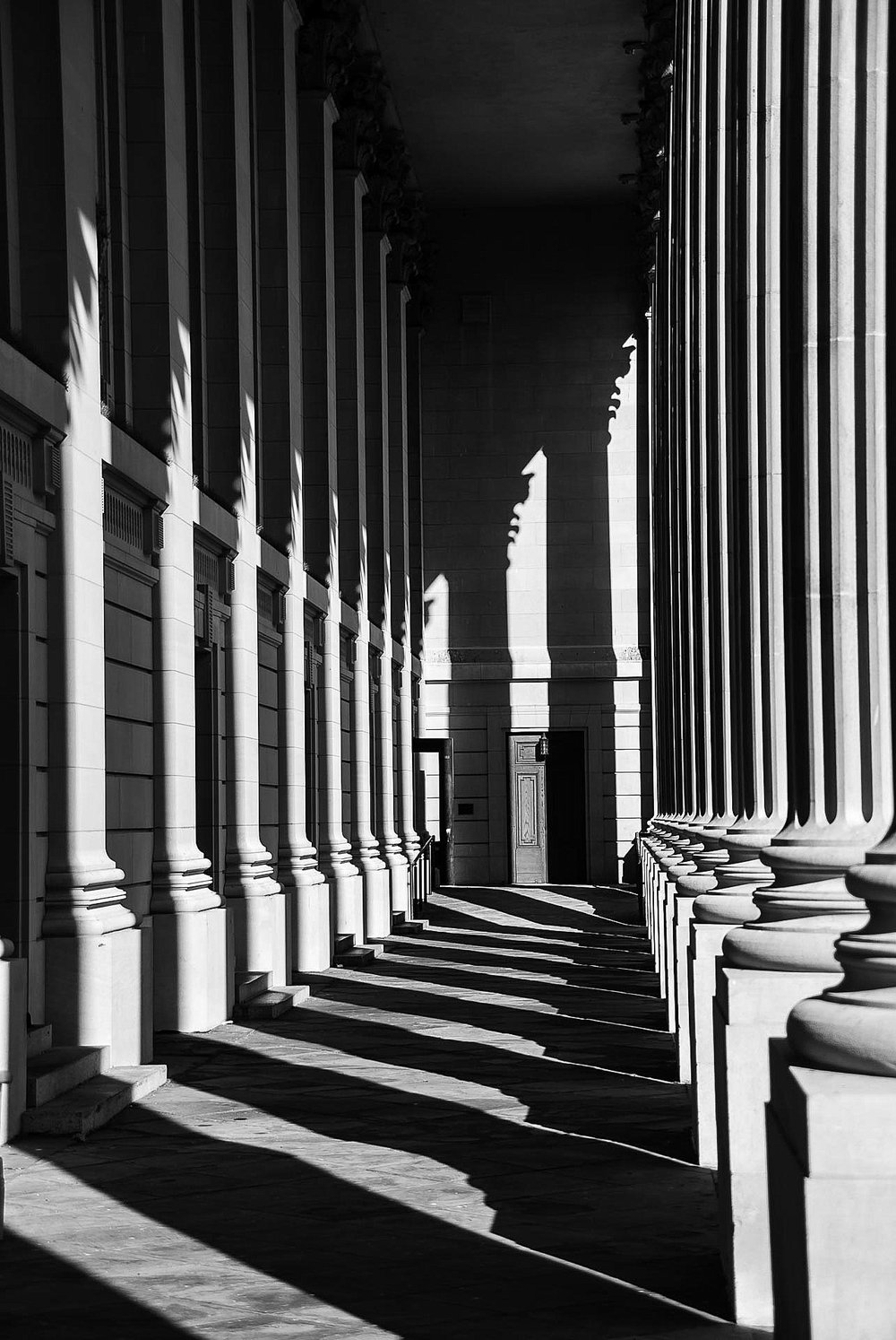 The interplay of light and shadow at Yale University