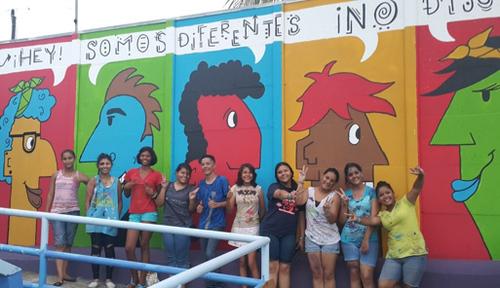 ESTUDIANTES DEL COLEGIO DE PACUARE CREAN CONCIENCIA CONTRA EL BULLYING