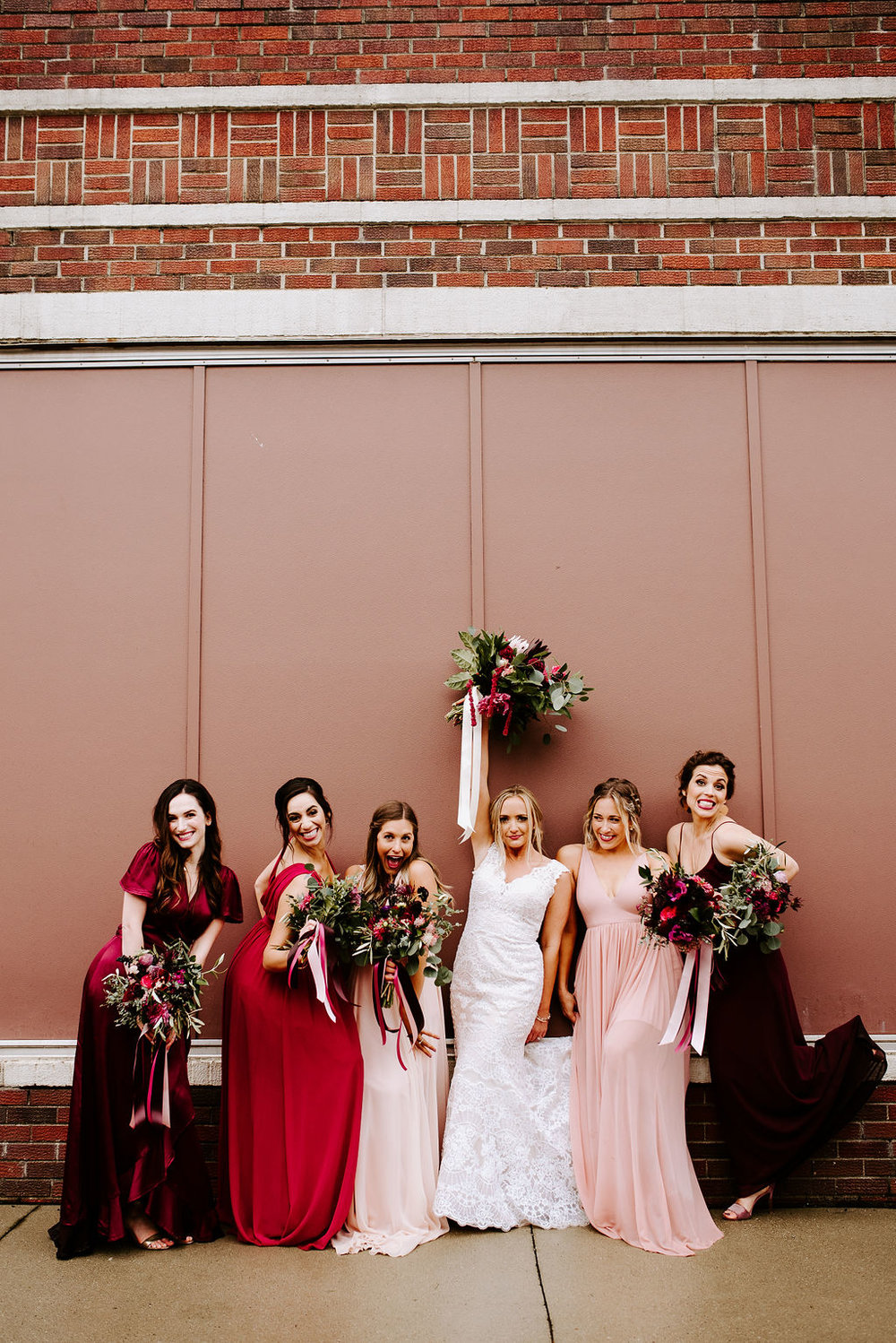 WeddingParty-44.jpg