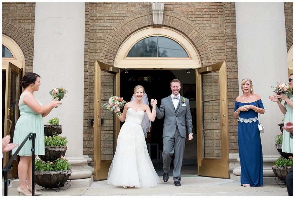 new-riff-distillery-wedding-cincinnati-photographer-everleigh-photography-11