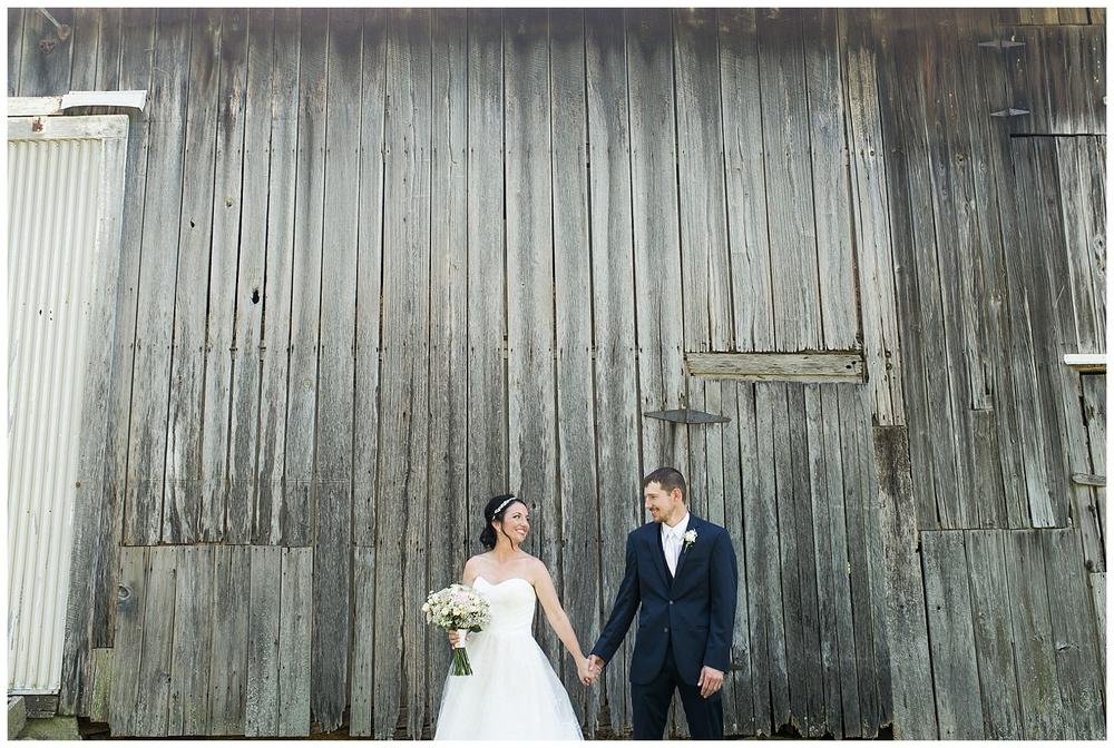 gesell-wedding-everleigh-photography-cincinnati-wedding-photography-napoleon-indiana-32