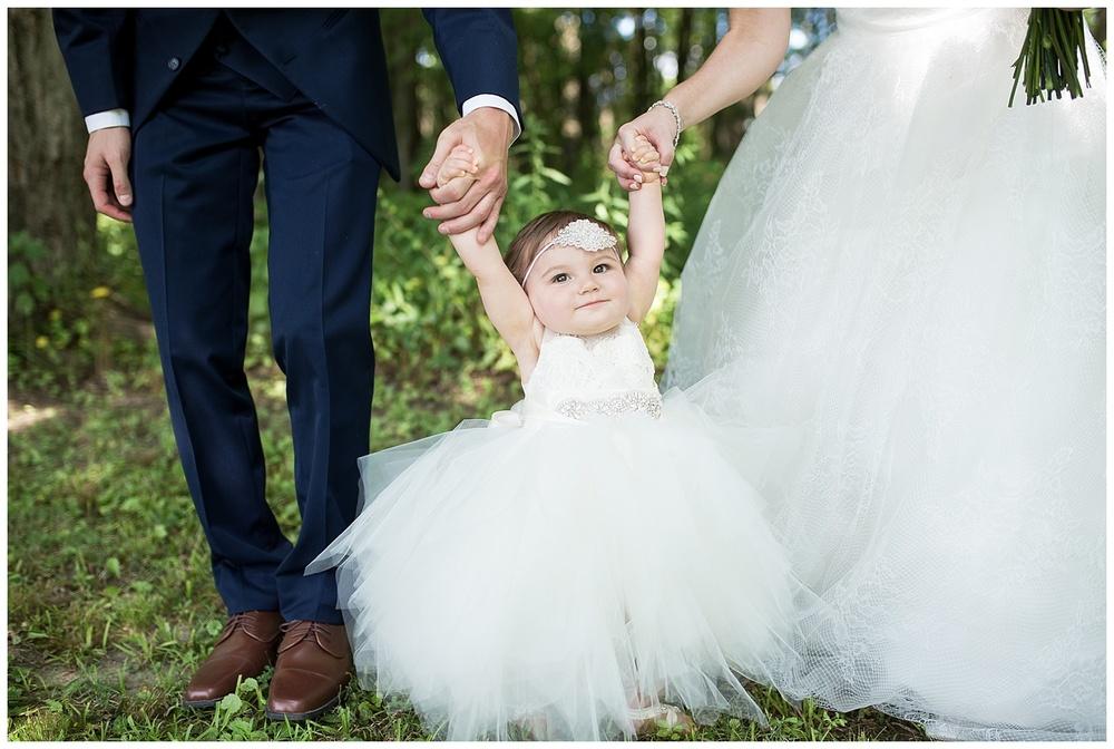 gesell-wedding-everleigh-photography-cincinnati-wedding-photography-napoleon-indiana-38