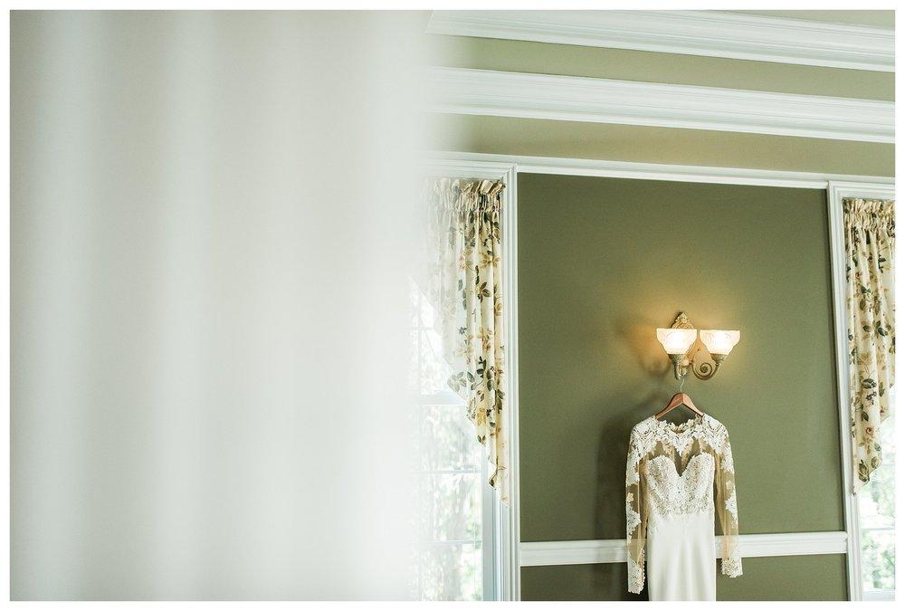 everleigh-photography-monastery-event-center-cincinnati-wedding-photographer-tara-and-elliot-heil-wedding-01