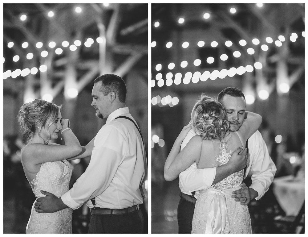 everleigh-photography-cincinnati-wedding-photographer-rolling-meadows-ranch-cincinnati-wedding-photography-wedding-photo-ideas-kristin-and-keegan43