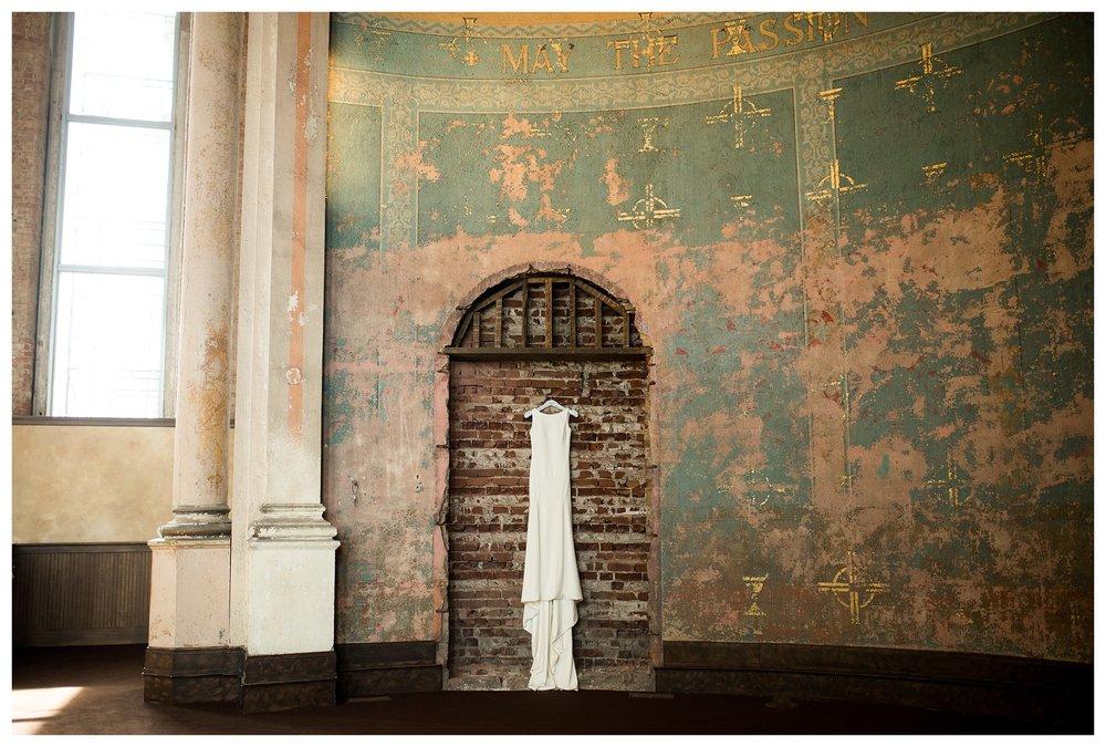 everleigh-photography-cincinnati-wedding-photographer-monastery-event-center-kentucky-wedding-photographer-01