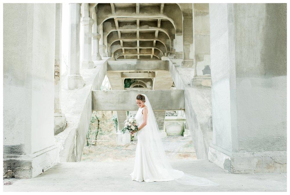everleigh-photography-cincinnati-wedding-photographer-monastery-event-center-kentucky-wedding-photographer-18