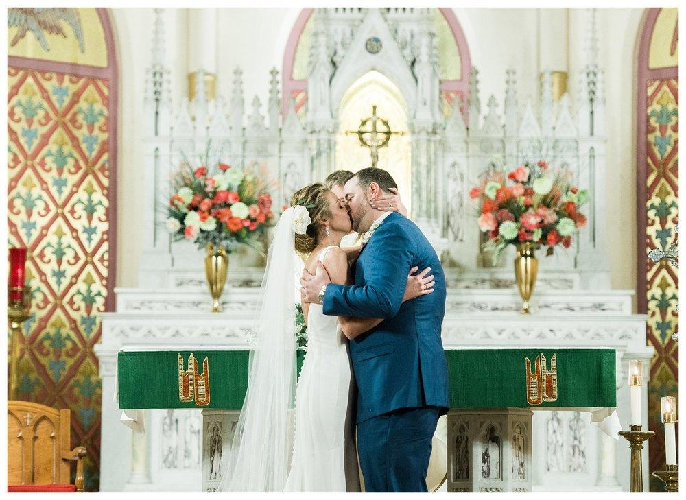 everleigh-photography-cincinnati-wedding-photographer-monastery-event-center-kentucky-wedding-photographer-44