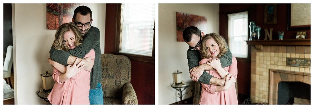 everleigh-photography-cincinnati-wedding-photographer-in-home-engagement-session-hannah-and-nathan-14