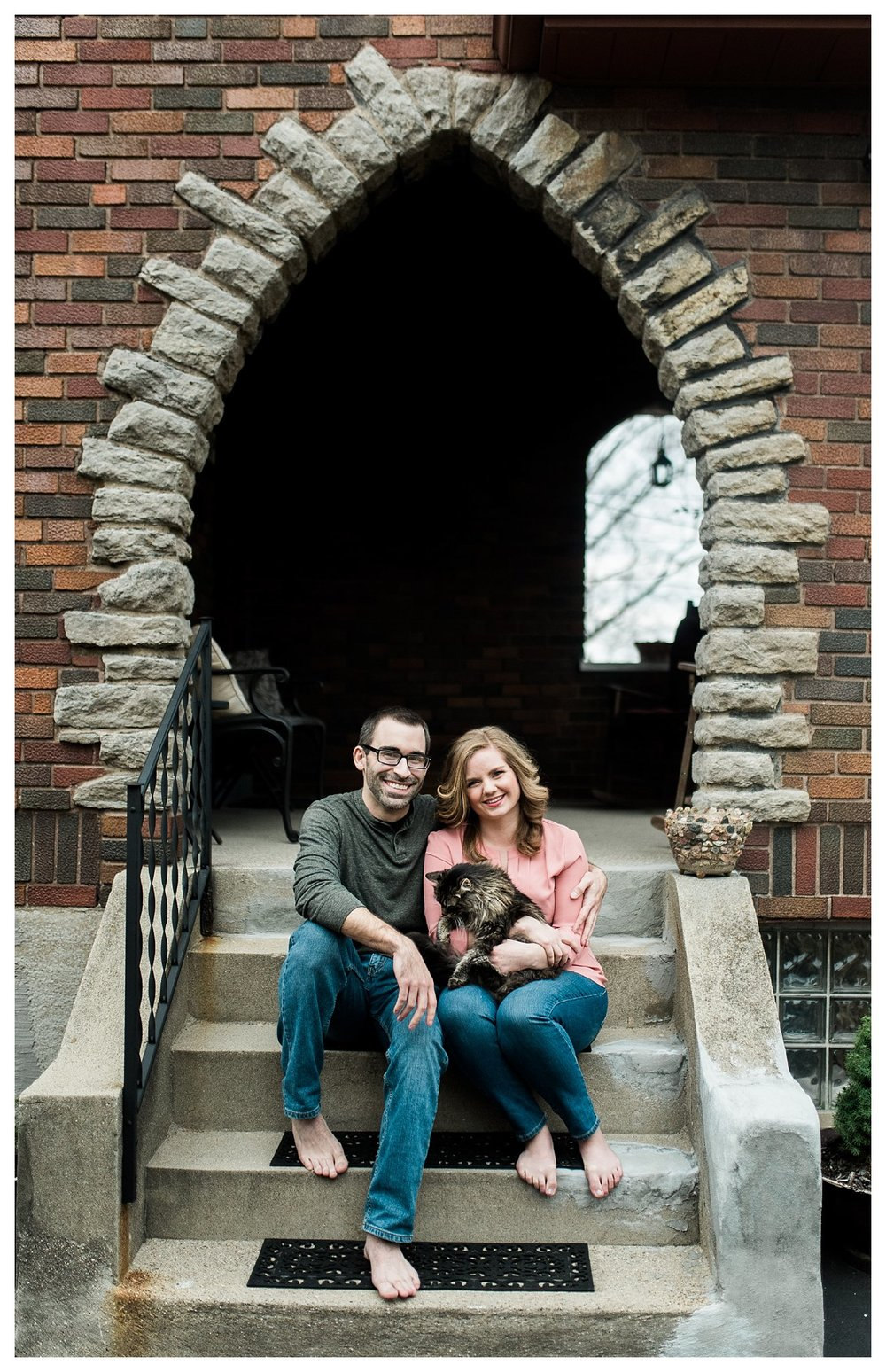 everleigh-photography-cincinnati-wedding-photographer-in-home-engagement-session-hannah-and-nathan-21