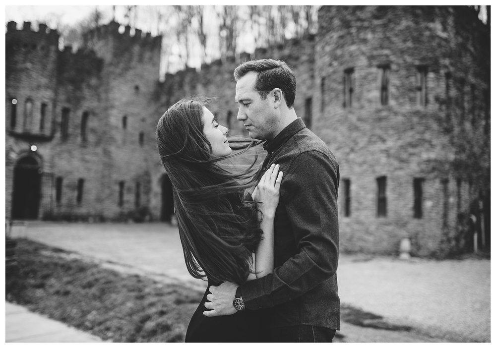 everleigh-photography-cincinnati-wedding-photographer-loveland-castle-cincinnati-engagement-photographer-02