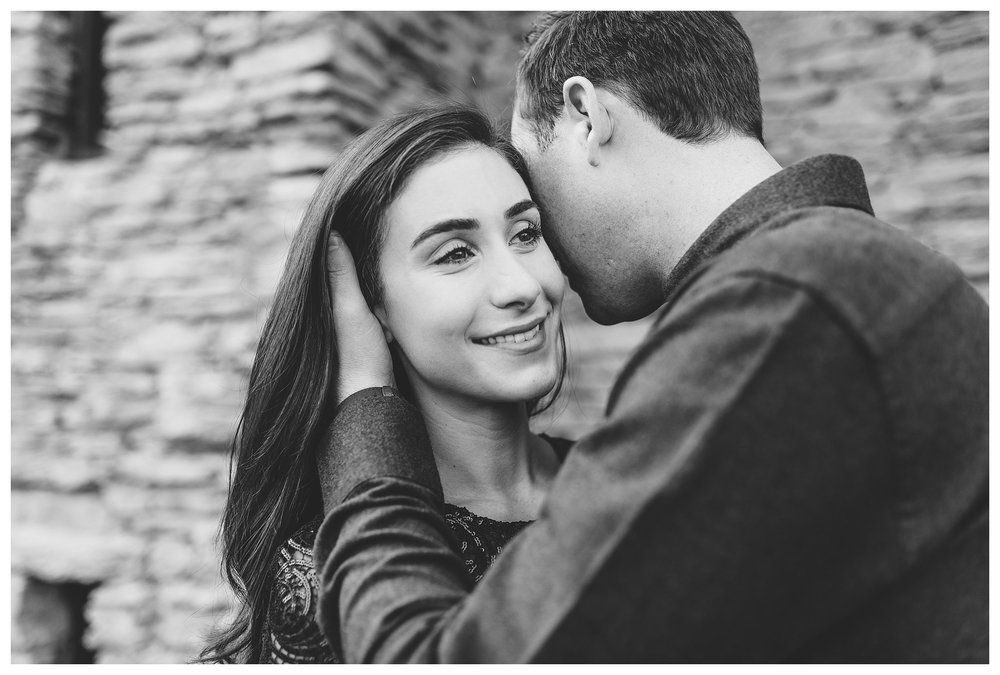 everleigh-photography-cincinnati-wedding-photographer-loveland-castle-cincinnati-engagement-photographer-07
