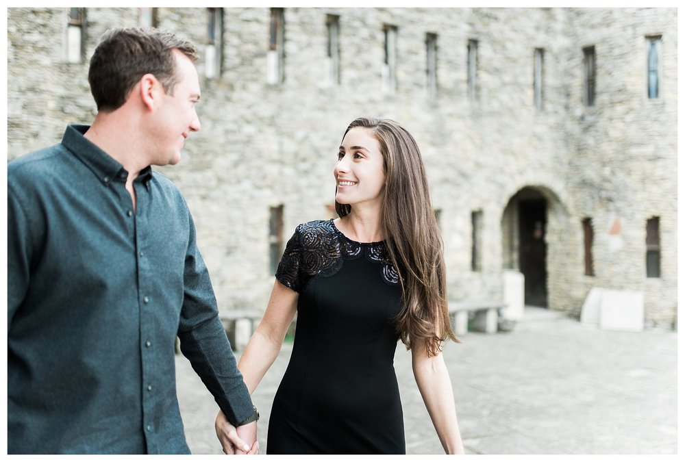 everleigh-photography-cincinnati-wedding-photographer-loveland-castle-cincinnati-engagement-photographer-13