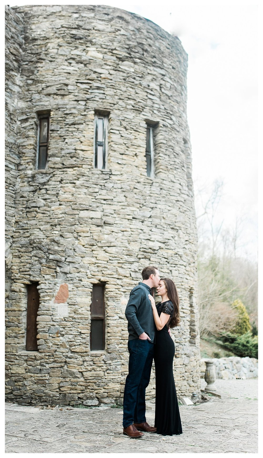everleigh-photography-cincinnati-wedding-photographer-loveland-castle-cincinnati-engagement-photographer-14